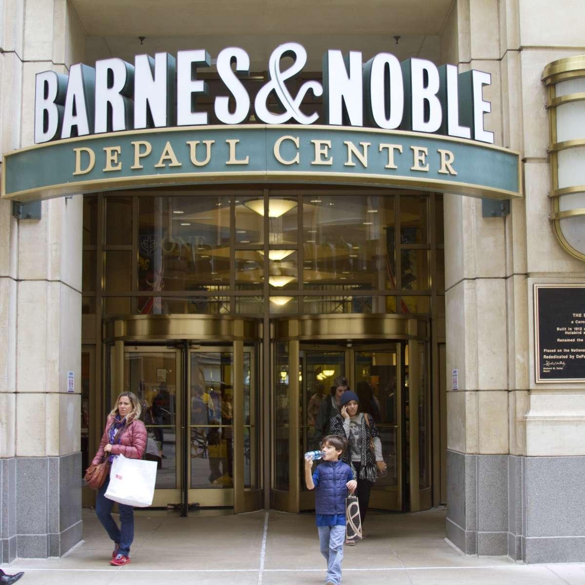 Barnes Noble Loop Chicago